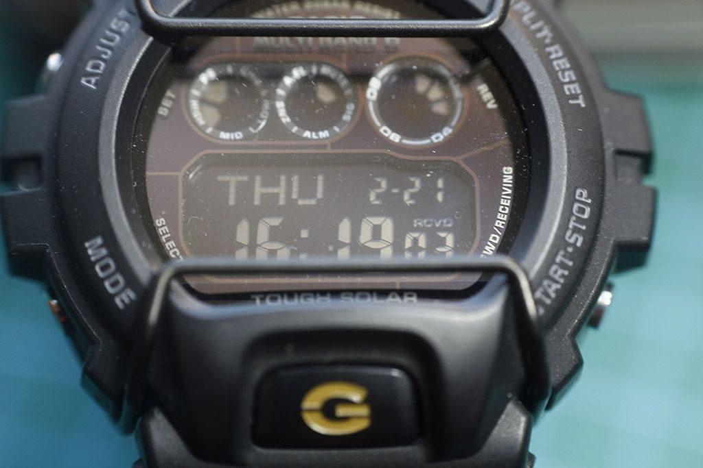 Casio GW-6900 invertido