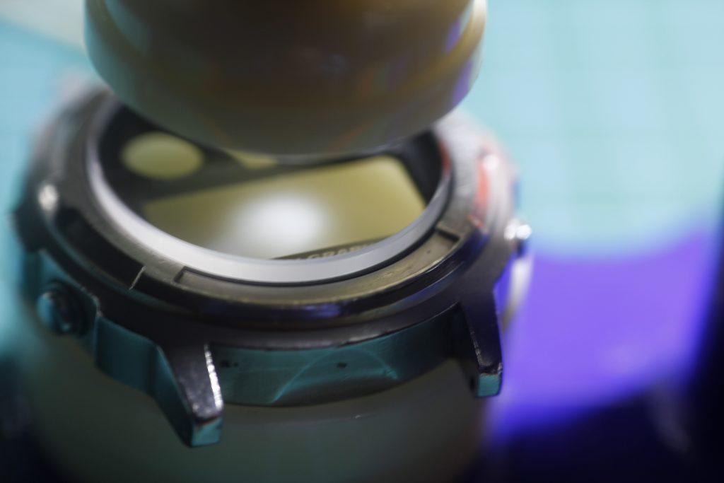 Casio DGW300 - Colocando el cristal nuevo