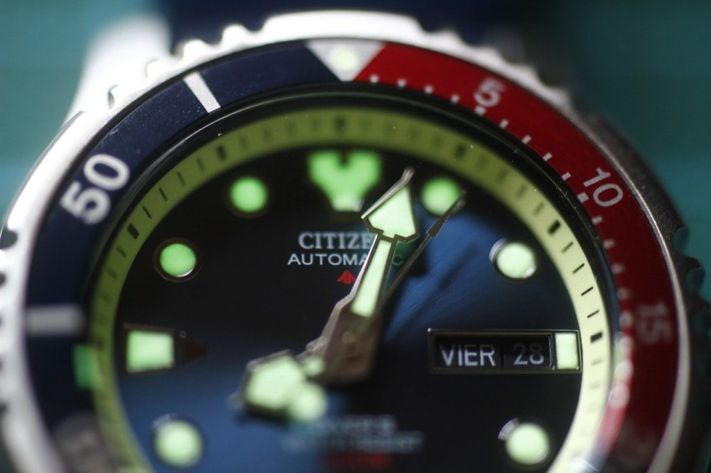 Citizen NY0040 - Detalle relumeo Angelo