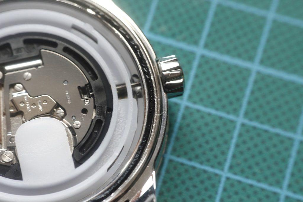 Junta trasera engrasada del reloj Wenger Roadster