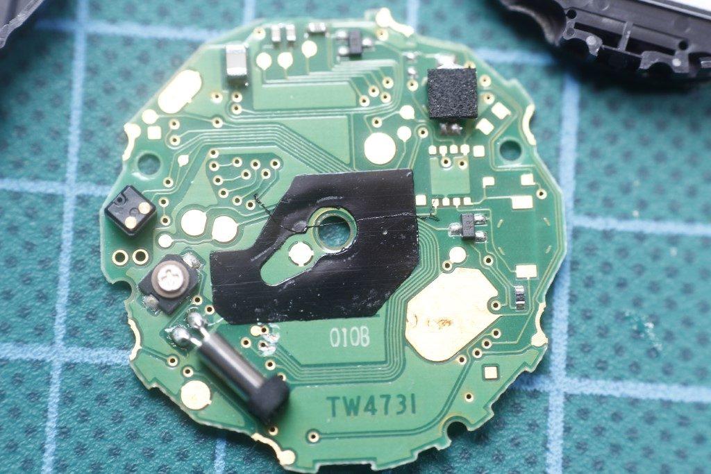 Casio AW-590 - Circuito por atras