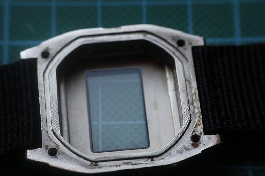 Casio W-780 - Caja antes de la limpieza
