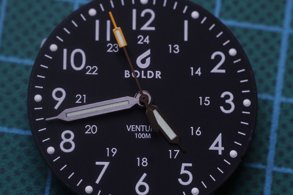 Boldr Venture - Aguja segundera descentrada