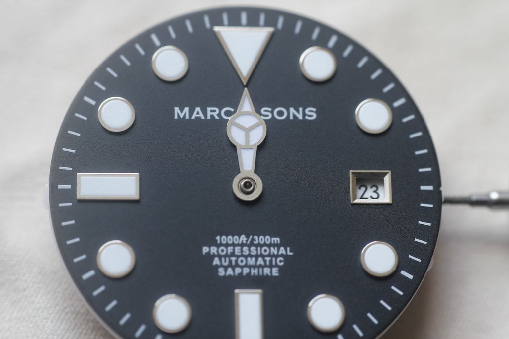 Marc & Sons MSD-023: problems with fast date change 7
